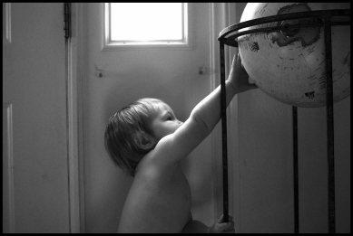 tucker-globe